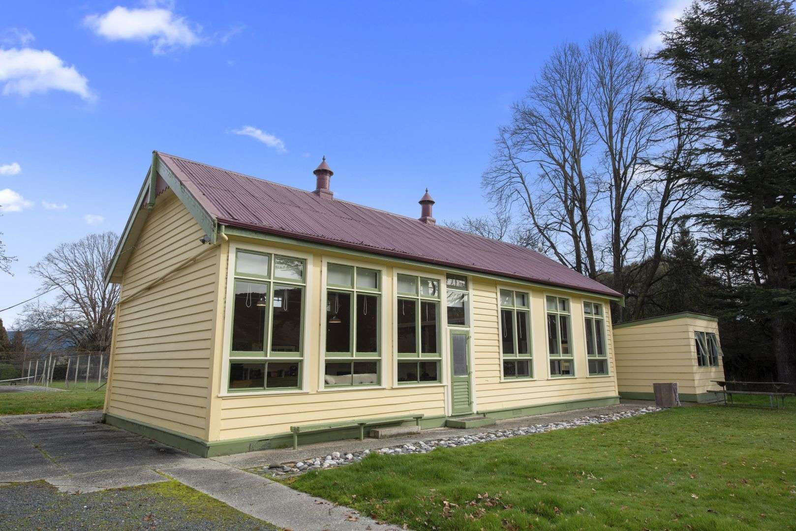 Beaumont School Holiday Home